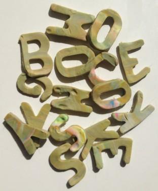Fungus the Bogeyman Lettering?